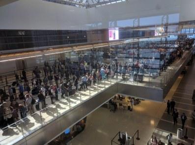 airport-queues-tsa-lax