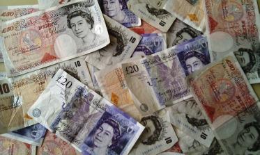 money-351078_960_720