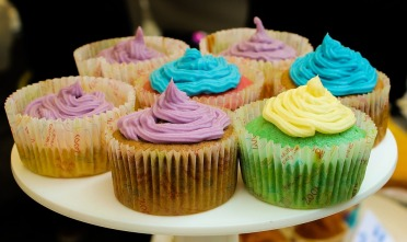 cupcakes-879265_960_720