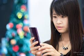Phone Chinese woman