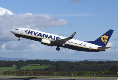 Ryanair airplane-744876_960_720